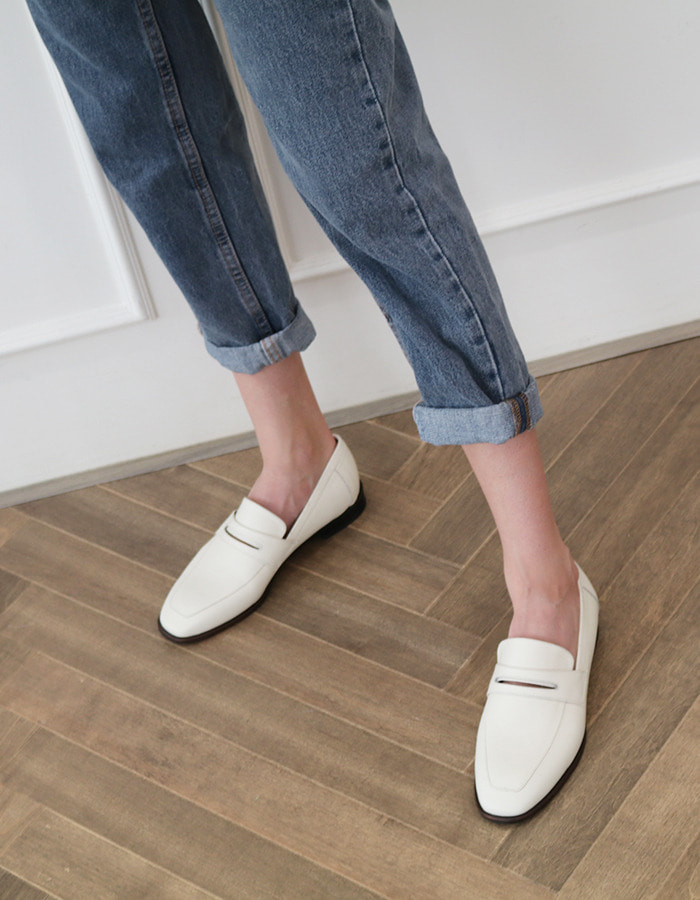 [sample sale] T005 penny loafer ivory  (1.5cm)