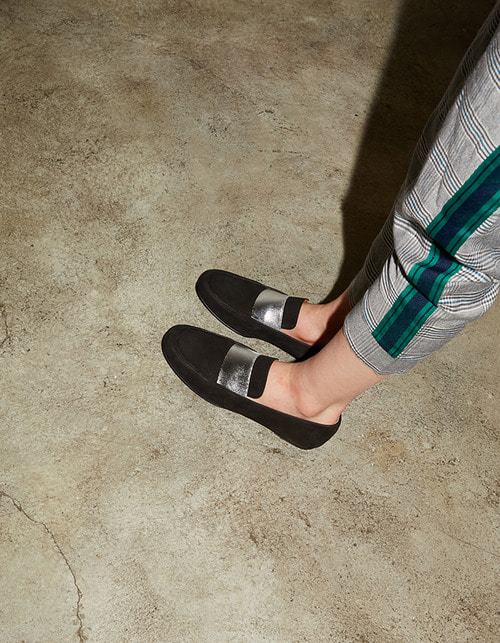 T003 banding loafer black